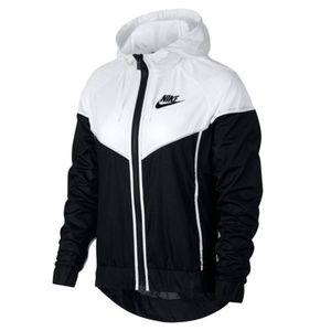 Nike Sportswear Windrunner Jacket Size Medium